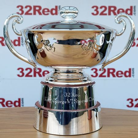32Red King George VI Steeple Chase Trophy