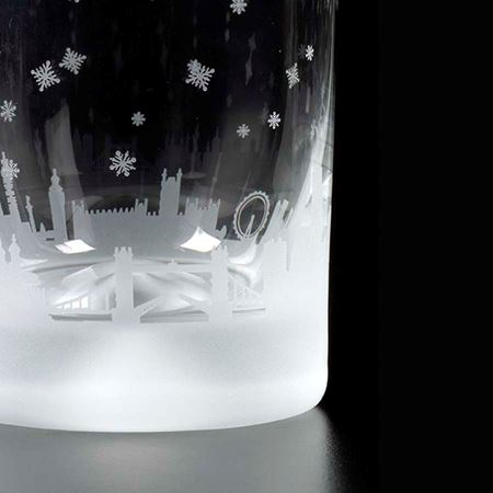 London Snow Scene Etched Glass Tumbler