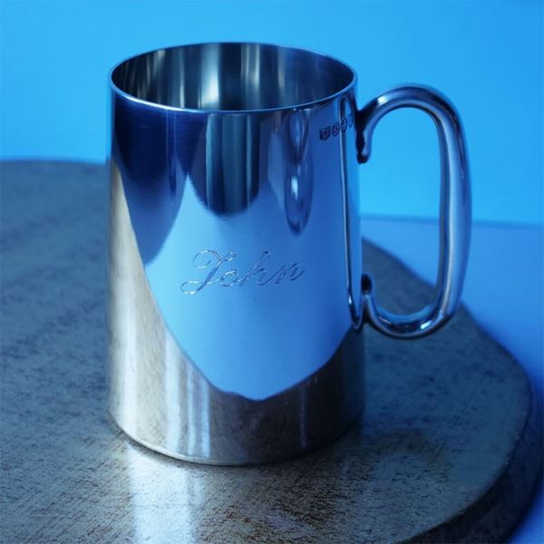 straight-sided-pewter-pint-tankard