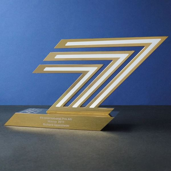 Picture of Trophy Replica Service